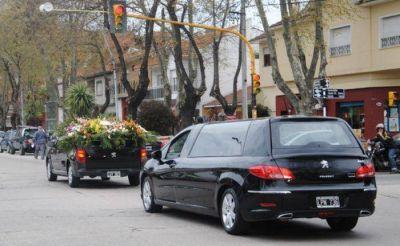 Dolor y reclamo en el último adiós al taxista Rubén Cufré asesinado en el Barrio Centenario
