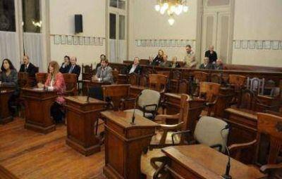 La falta de quórum frustró la sesión y se trabó el diálogo por la controvertida Sapem