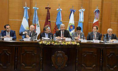 Sesiona en La Rioja el Parlamento del NOA