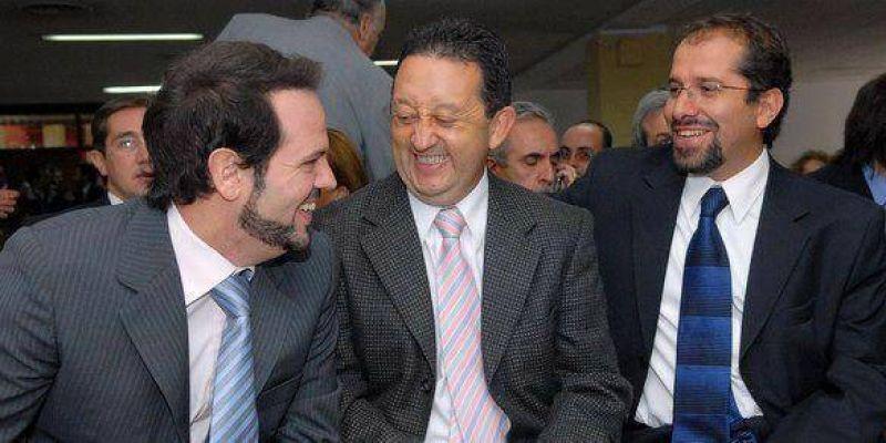 """Para Adaro, Cazab�n """"es una figura fundamental dentro del Gobierno"""""""