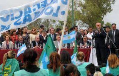 Los precandidatos coparon la inauguración de la Diagonal