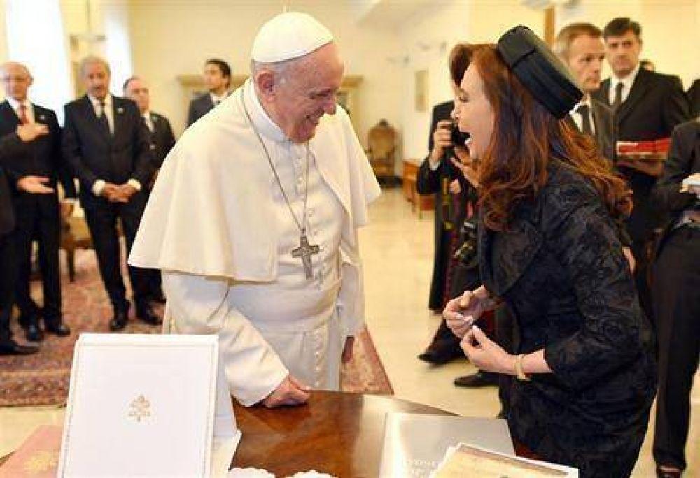 El Gobierno y la Iglesia disienten sobre el rol papal en las críticas de Cristina