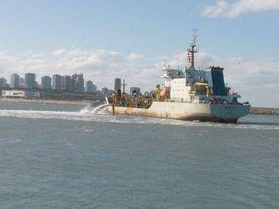 En noviembre finalizará el dragado del acceso al puerto
