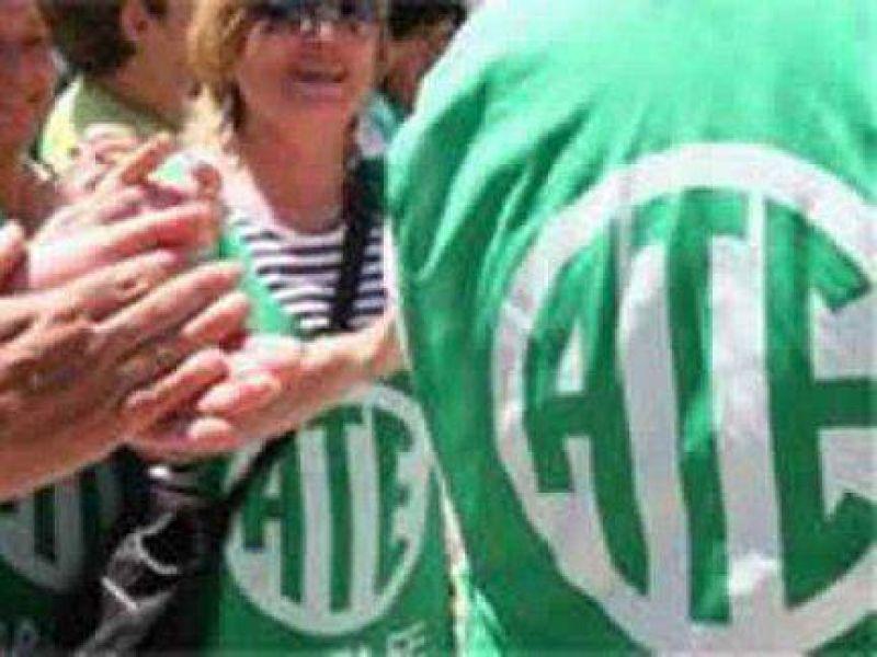 Esta semana habrá paro de estatales en Entre Ríos y asambleas docentes en Paraná