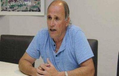 Para Walter Fernández, la UCR tiene problemas porque sólo cuenta con Lunghi como candidato