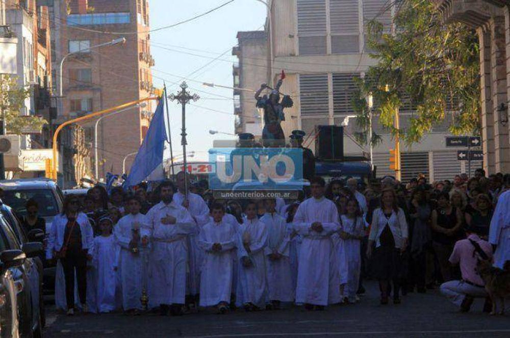 Cientos de paranaenses veneraron al patrono de Entre Ríos en su día