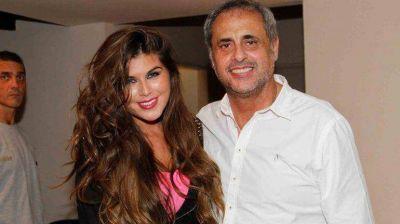 Mariana Antoniale le aceptó la propuesta de casamiento a Jorge Rial en vivo