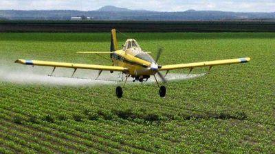 Ley de agroquímicos: califican de