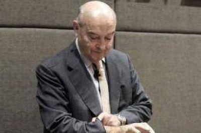 La fiscal pidió tres años de prisión para el ex ministro Cavallo por el megacanje