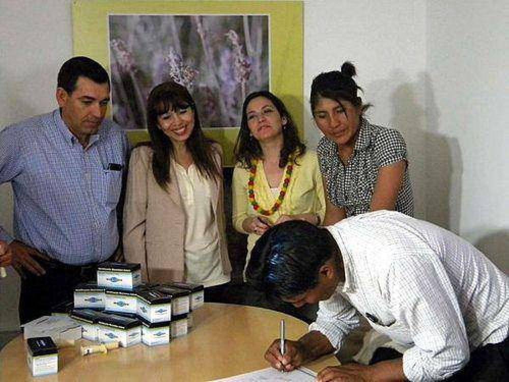 Vicuñeros – El Gobierno entregó recursos para la esquila