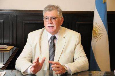 Desde la UCR proclamaron la candidatura de Horacio López para un nuevo mandato como senador