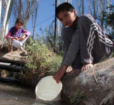 Agua: a seis días, San Roque sigue con problemas