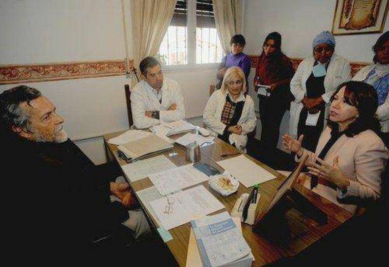 """La Cruz Roja pide """"algo a cambio"""" de los terrenos"""
