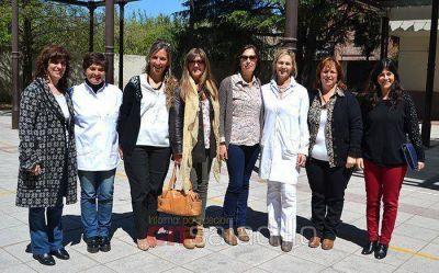 Asesoras de la DGCyE visitaron la Escuela Primaria Nº 1 por un proyecto de integración con la Escuela Especial