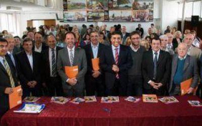 Fortalecerán hogares de ancianos y centros de día de la Provincia