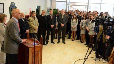 Buzzi anunció obras por 104 millones de pesos en las sucursales del Banco del Chubut
