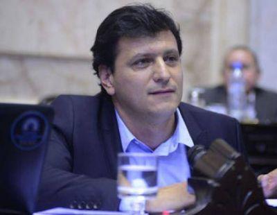 Gómez Bull expresó su apoyo al Nuevo Código Civil