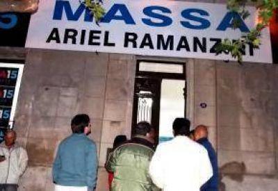 Con la presencia del Diputado Bonelli, Ramanzini inauguró local partidario