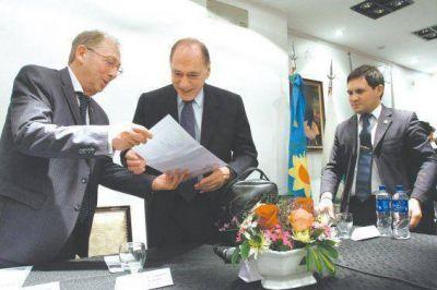En La Matanza, Zaffaroni expuso sobre la necesidad de reformar el C�digo Penal