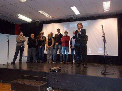 ALE PARTICIPO DEL FESTEJO EN EL CENTRO CULTURAL MUJICA EN CONMEMORACION AL DIA DEL ADULTO MAYOR