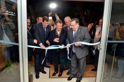 Urribarri inauguró un nuevo complejo turístico en Colón