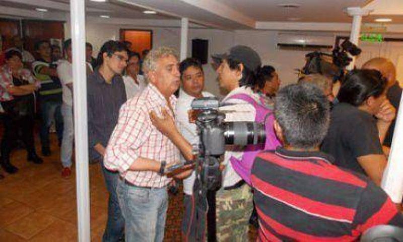 Empleados Municipales de Iguazú en pie de guerra