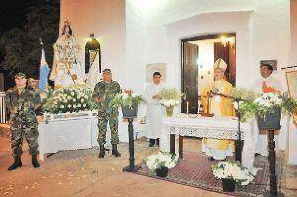 Anoche honraron a la Virgen de La Montonera con la presencia de monseñor Torrado Mosconi
