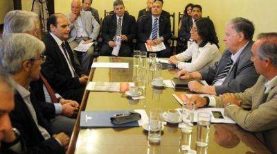 La Comisión de Reforma fue recibida por la Gobernadora