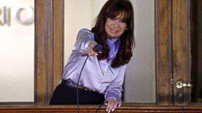 Cristina Kirchner encabeza acto para promulgar el nuevo Código Civil