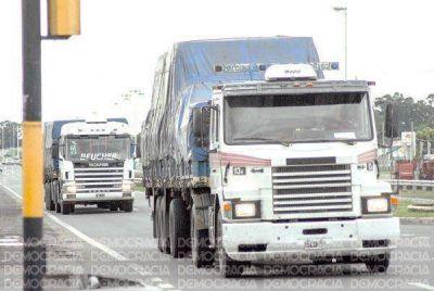 La Ruta 7 es cada vez más peligrosa: ya pasan cuatro camiones por minuto