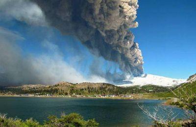 El volcán Copahue, con inquietante actividad...