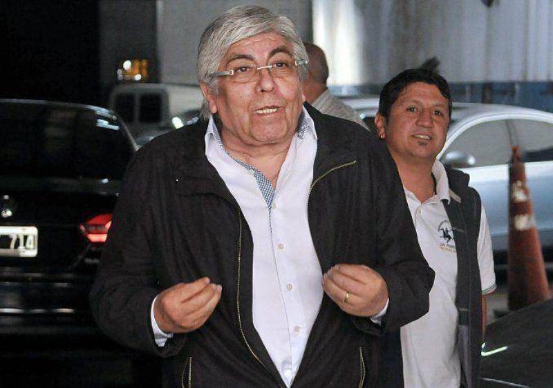 Moyano analiza un plan de lucha sin Barrionuevo pero niega ruptura