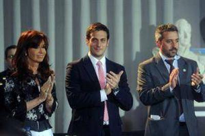 Cristina promulgó el nuevo Código Civil y aclaró cómo serán los contratos en dólares