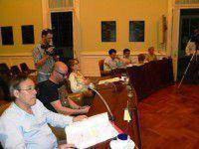HCD: triquinosis y la nota del diario Perfil sobre contrataciones irregulares fueron centro del debate
