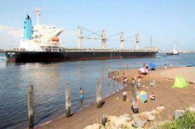 Se adjudicó el dragado de Puerto Quequén por tres años