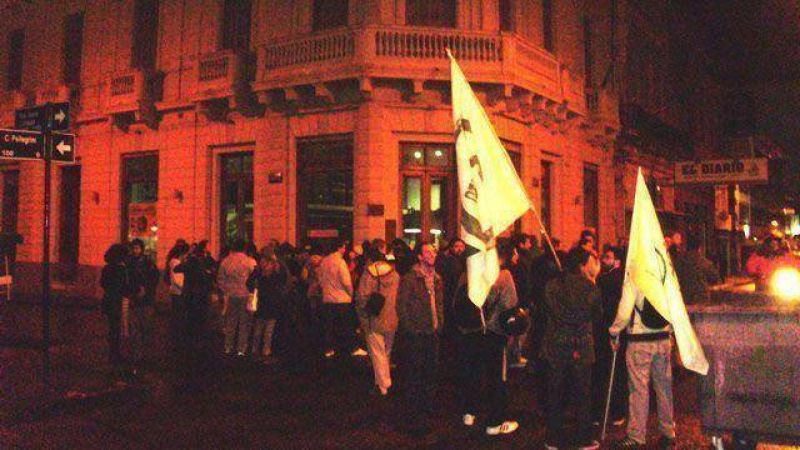 Hist�rico: tres d�as sin El Diario de Paran� en la calle