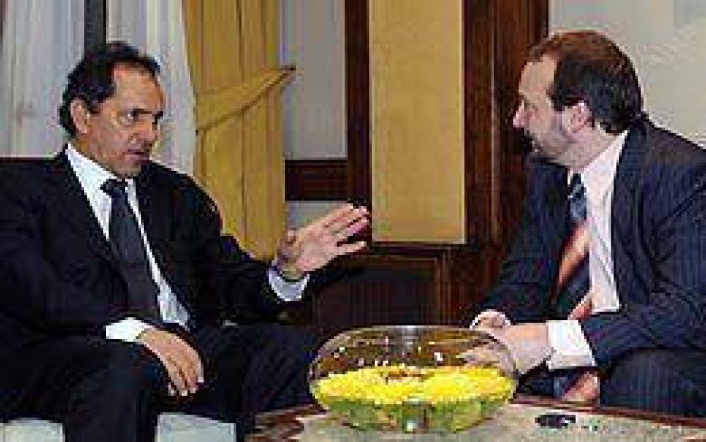 Scioli inició con Sabbatella la ronda de diálogo político con la oposición
