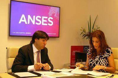 La Gobernadora firmó Convenio con la Anses para implementar la nueva moratoria previsional