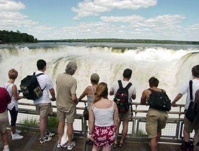 Casi un millón de turistas en el fin de semana largo