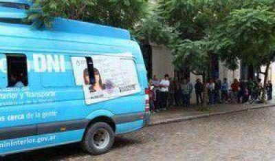 Vuelven a Areco los puestos móviles para trámites de DNI y pasaportes