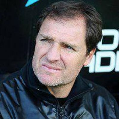 Franco tiene una duda en el medio para enfrentar a Independiente