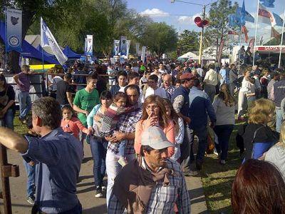 Miles de personas disfrutaron de un domingo soleado en la Expo