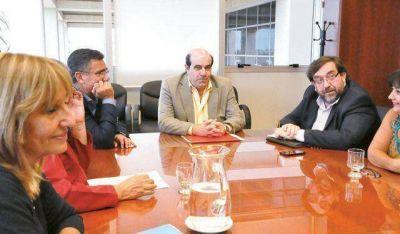 El Sindicato M�dico se despeg� de la Mesa Intersindical en el pedido de aumento
