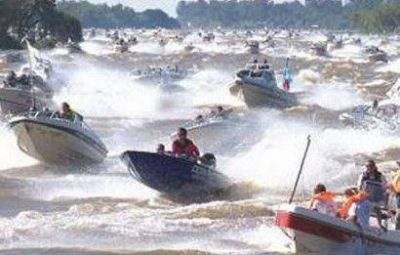 M�s de medio millar de correntinos en el 27� concurso de pesca del surub�