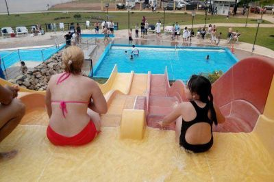 El gobierno asegura que Entre Ríos logró un éxito turístico el fin de semana