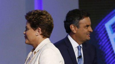 Según un nuevo sondeo, hay empate técnico entre Rousseff y Neves de cara al ballottage