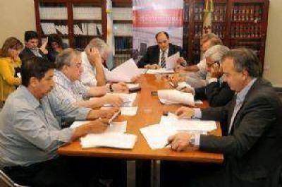 Los partidos asistirán a la convocatoria reformadora llevando posturas críticas