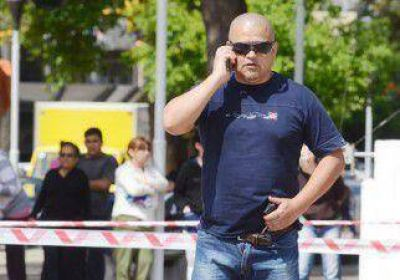 Alarma en pleno centro: policía amagó con matarse