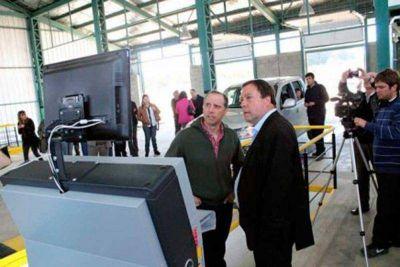 El gobernador presidió la inauguración de la nueva planta de Verificación Técnica Vehicular