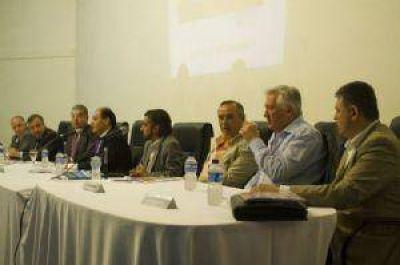 La comisión de reforma y la primera reunión con los partidos políticos de la provincia